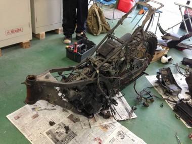配線類も車体後部では一切処理されておらず、非常に程度の良い状態だった