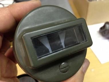以前に購入していた自衛隊用B.Oライト。どの車種用かは不明だが、偵察バイクについてきたものとは少し違う