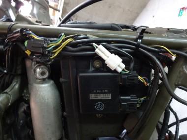 通電テストを実施しながら、配線一本一本を確実に接続していく。うまく通電してくれる事を祈りながら・・・