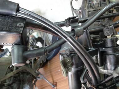 アクセルワイヤーは民生品の中古品をヤフオクで購入して使用した。